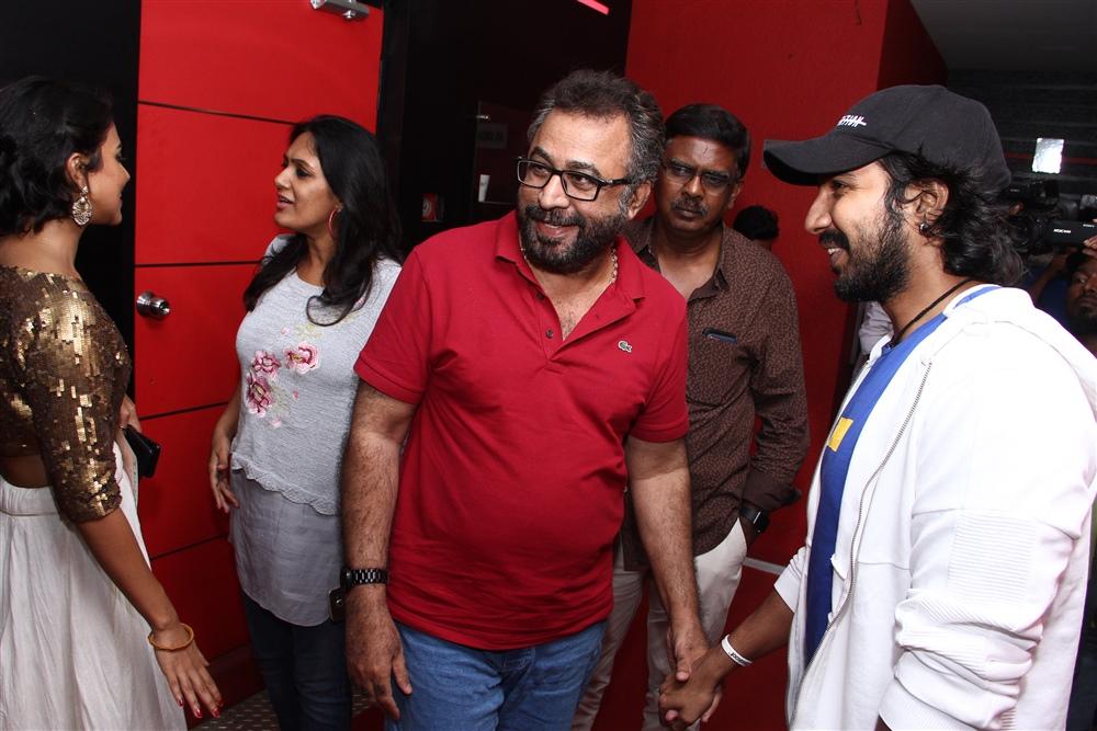 Aadai Movie Celebrities Show Stills