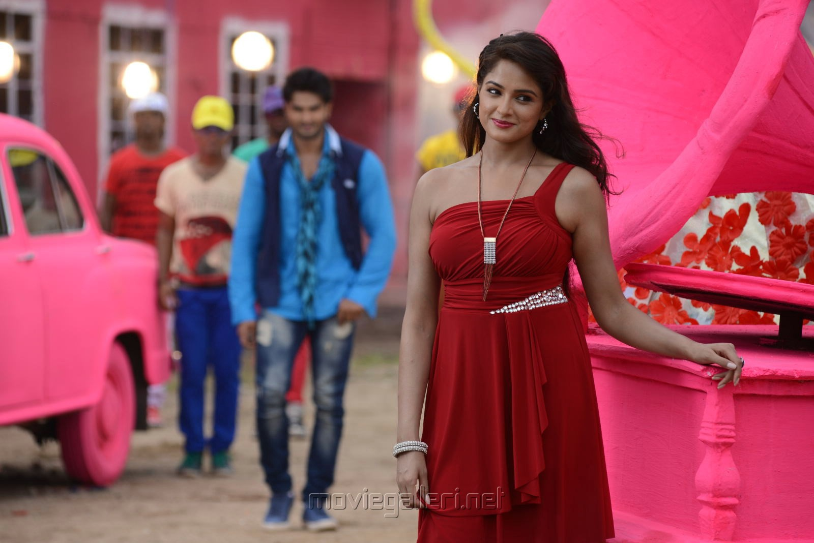 Sudheer Babu, Asmita Sood in Aadu Magadu Ra Bujji Movie Stills