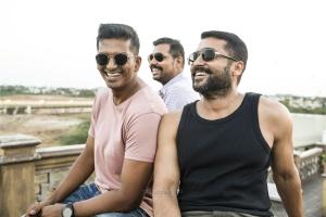 Suriya, Vivek Prasanna, Krishnakumar in Aakaasam Nee Haddhu Ra Movie HD Images
