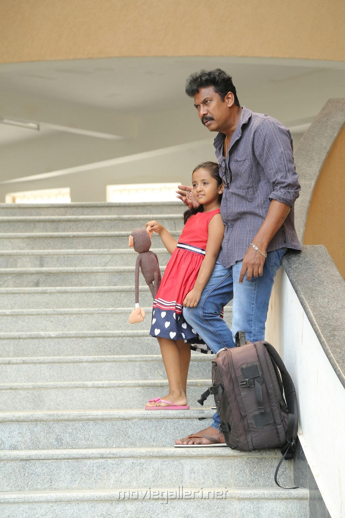 Actor Samuthirakani in Aan Devathai Movie Photos HD