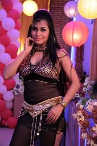 Telugu Actress Aarthi Puri New Hot Pics