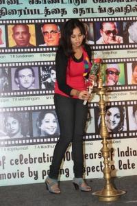Tamil Actress Aarushi Stills at Mannipaaya Movie Launch