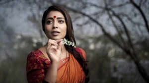 Aata Nade Veta Nade Shriya Saran First Look Pics