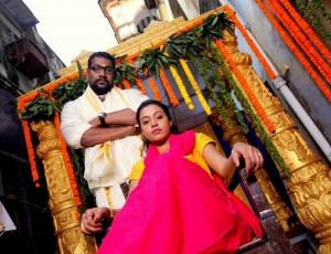 Prabhakar in Aavu Puli Madhyalo Prabhas Pelli Movie Stills