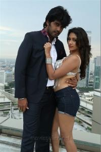 Vinay, Kesha Khambhati in Aayirathil Iruvar Movie New Photos