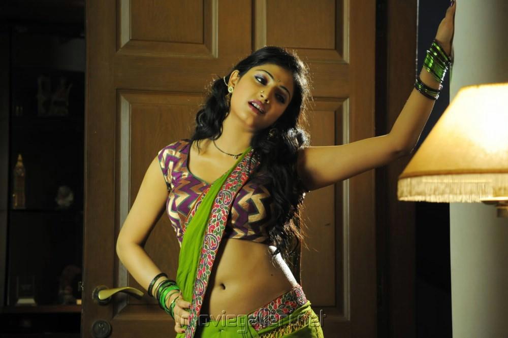Actress Haripriya in Abbai Class Ammai Mass Movie Hot Stills