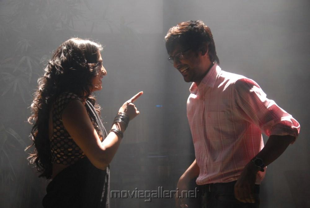 Haripriya, Varun Sandesh at Abbai Class Ammai Mass Movie Shooting Stills