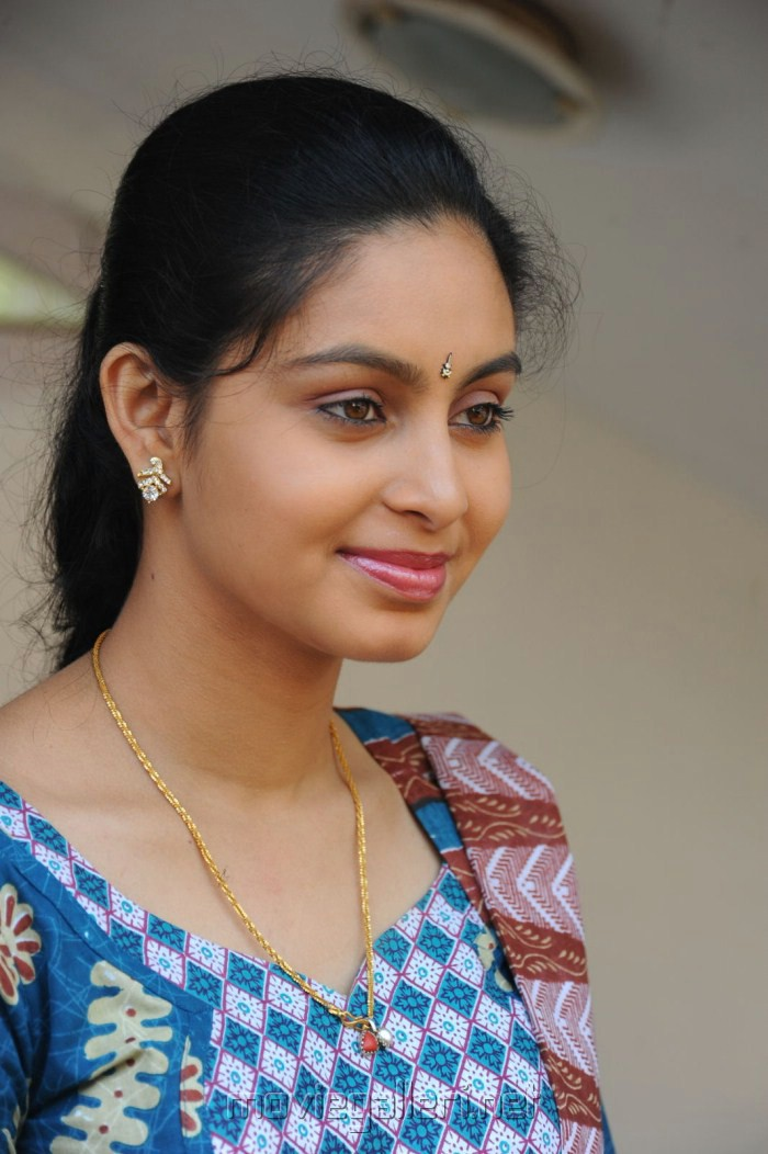 Abhinaya New Cute Stills