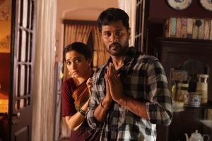 Tamanna, Prabhu Deva in Abhinetri Movie Images