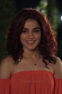 Actress Pia Bajpai in Abhiyum Anuvum New Images HD