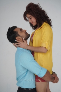 Tovino Thomas, Pia Bajpai in Abhiyum Anuvum Movie New Images HD