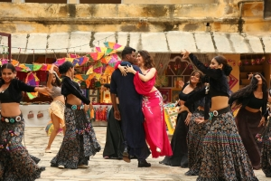 Vishal, Tamanna in Action Movie HD Images
