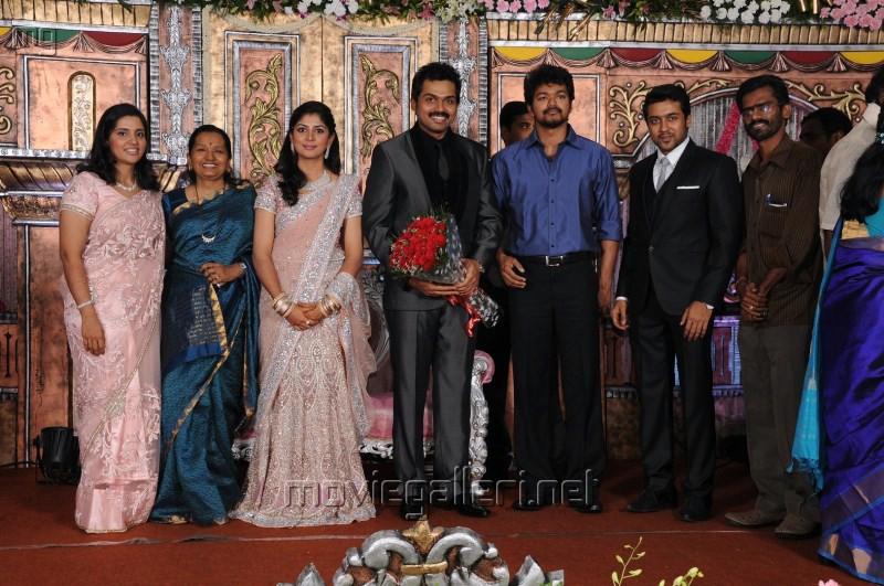Ilayathalapathy Vijay @ Actor Karthi Reception Photos