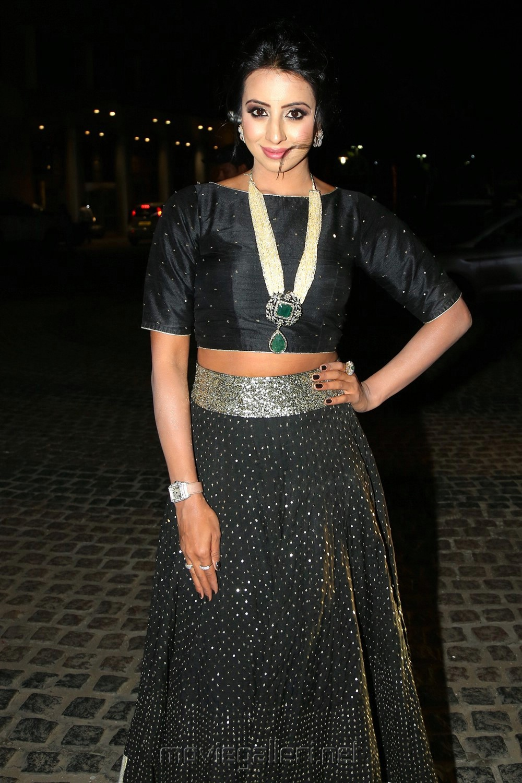 Actress Sanjjanaa @ 65th Jio Filmfare Awards South 2018 Photos
