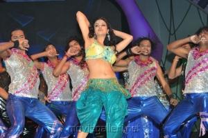 Mariam Zakaria Hot Dance in Maa Music Awards 2012