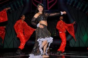 Saloni Aswani Hot Dance Performance in Maa Music Awards 2012