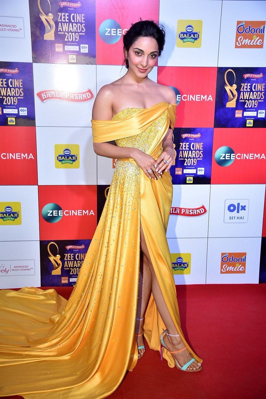 Actress Kiara Advani @ Zee Cine Awards 2019 Red Carpet Photos