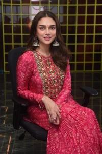 Aditi Rao Hydari Pictures @ Maha Samudram Movie Interview