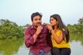 Shiva, Naina Sarwar in Adra Machan Visilu Movie Stills