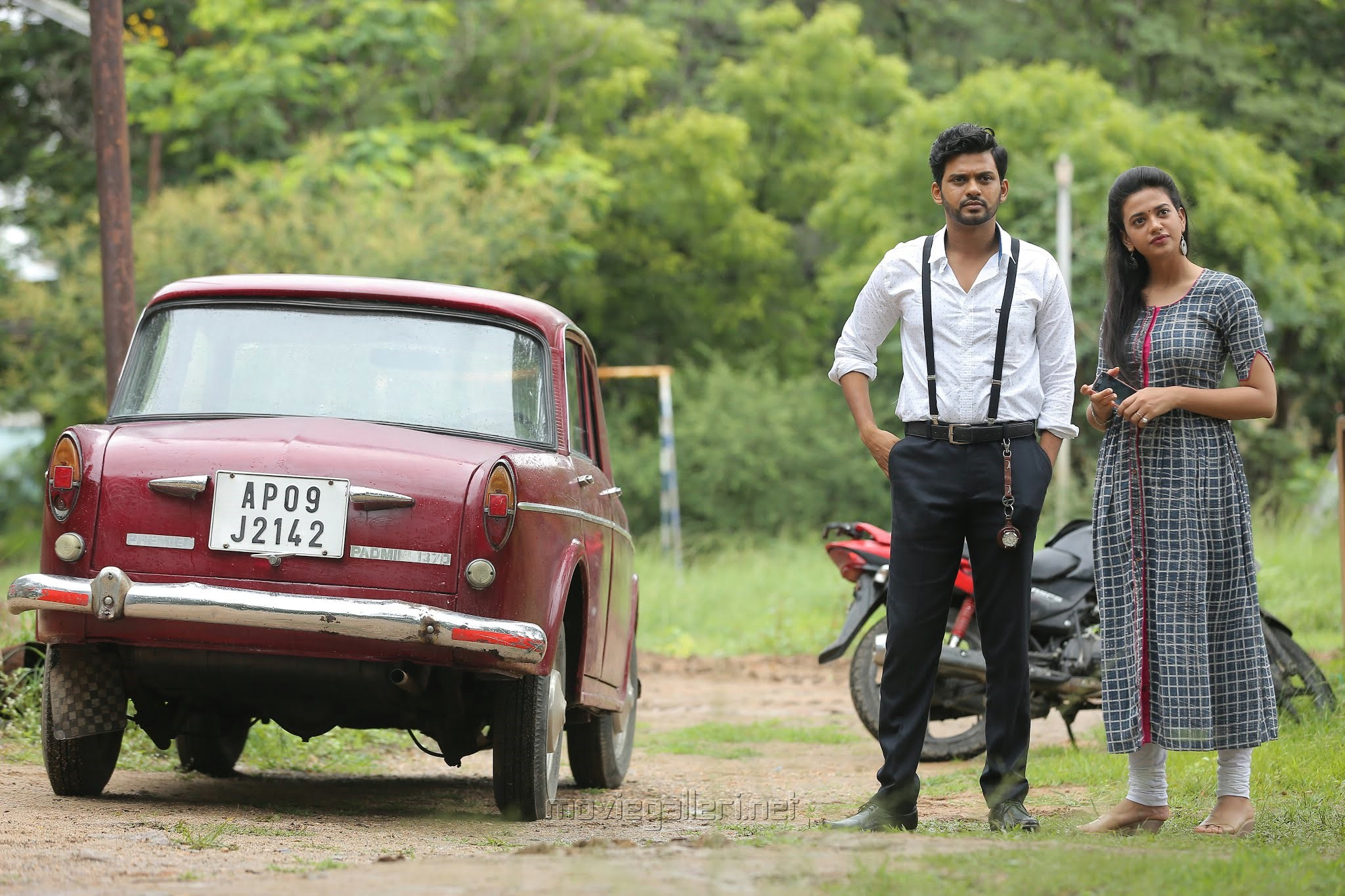 Naveen Polishetty, Shruti Sharma in Agent Sai Srinivasa Athreya Movie Stills