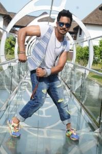Actor Bharath in Aindhaam Thalaimurai Sidha Vaidhiya Sigamani Photos
