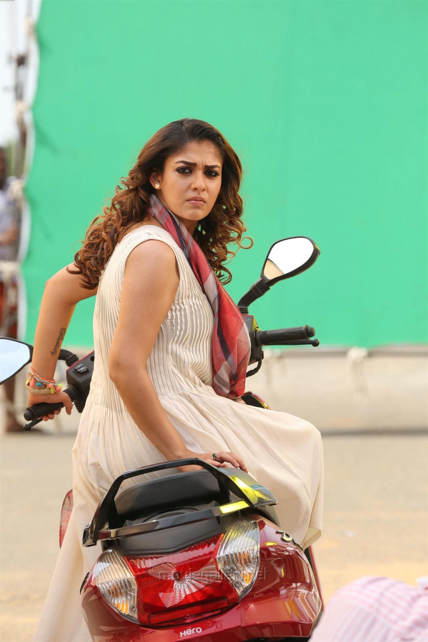 Airaa Movie Actress Nayanthara Stills HD
