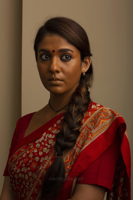 Airaa Nayanthara Hd Photos Nayanthara Airaa Pics New Movie Posters