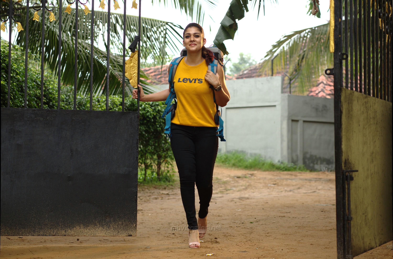 Airaa Actress Nayanthara HD Photos