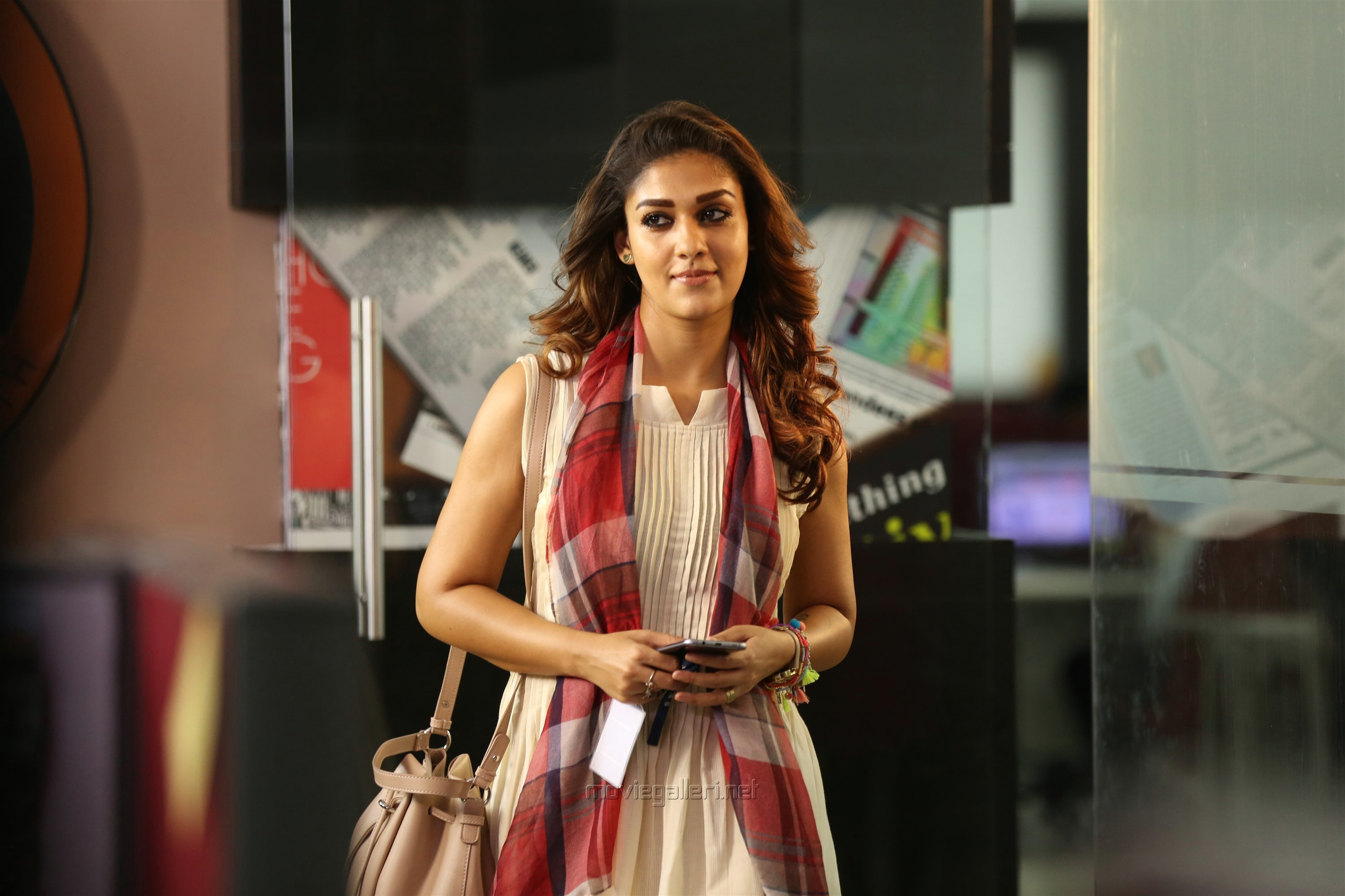 Airaa Actress Nayanthara HD Photos