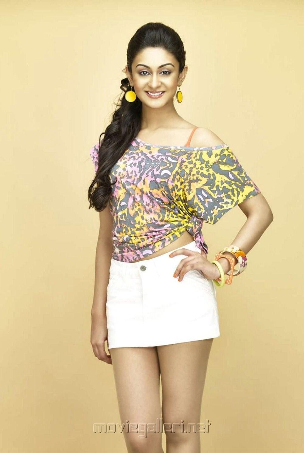 Actress Aishwarya Arjun Hot Photoshoot Stills