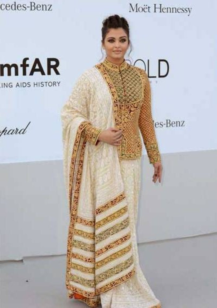 Aishwarya Rai Bachchan at Cannes film festival 2012 Stills