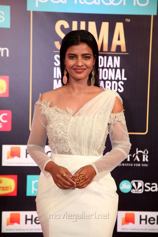 Actress Aishwarya Rajesh Pics @ South Indian International Movie Awards 2019 Day 2