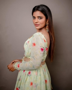 Actress Aishwarya Rajesh Latest Photoshoot Images