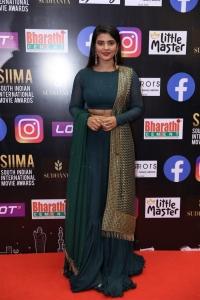 Actress Aishwarya Rajesh Pics @ SIIMA 2021