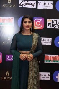 Actress Aishwarya Rajesh Green Dress Pics @ SIIMA Awards 2021