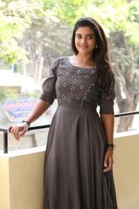 Actress Aishwarya Rajesh Pics @ World Famous Lover Movie Interview