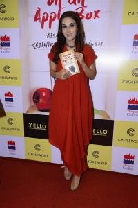Aishwarya Rajinikanth Dhanush's Standing on an Apple Box Book Launch Stills