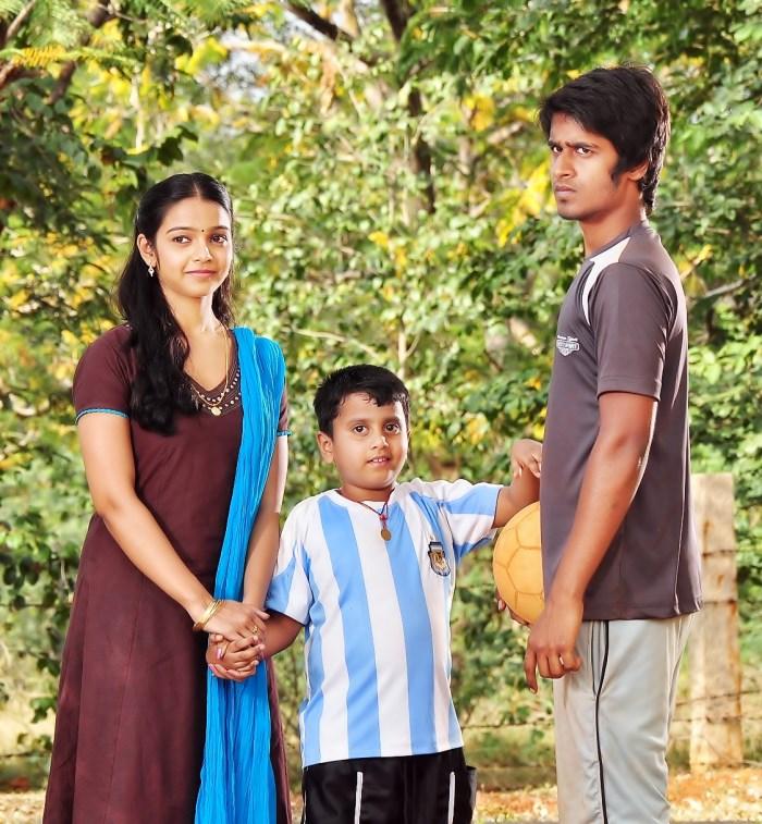 Pakka Tamil Hd Movies: Nithya Shetty, Niranjan In Aivarattam