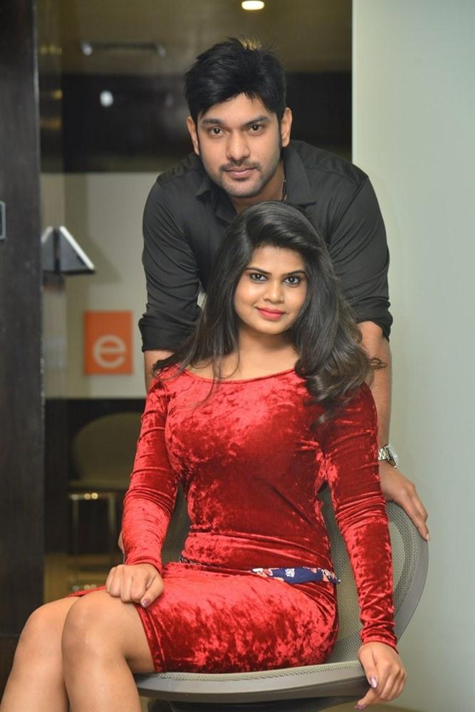 Alekhya @ Akkadokaduntadu Movie Teaser Launch Stills