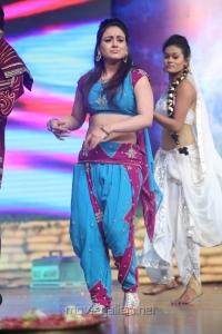 Telugu Actress Aksha Pardasany Hot Dance Performance Photos