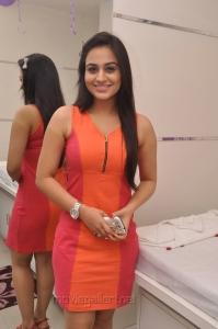 Telugu Actress Aksha Pardasany Hot Photos