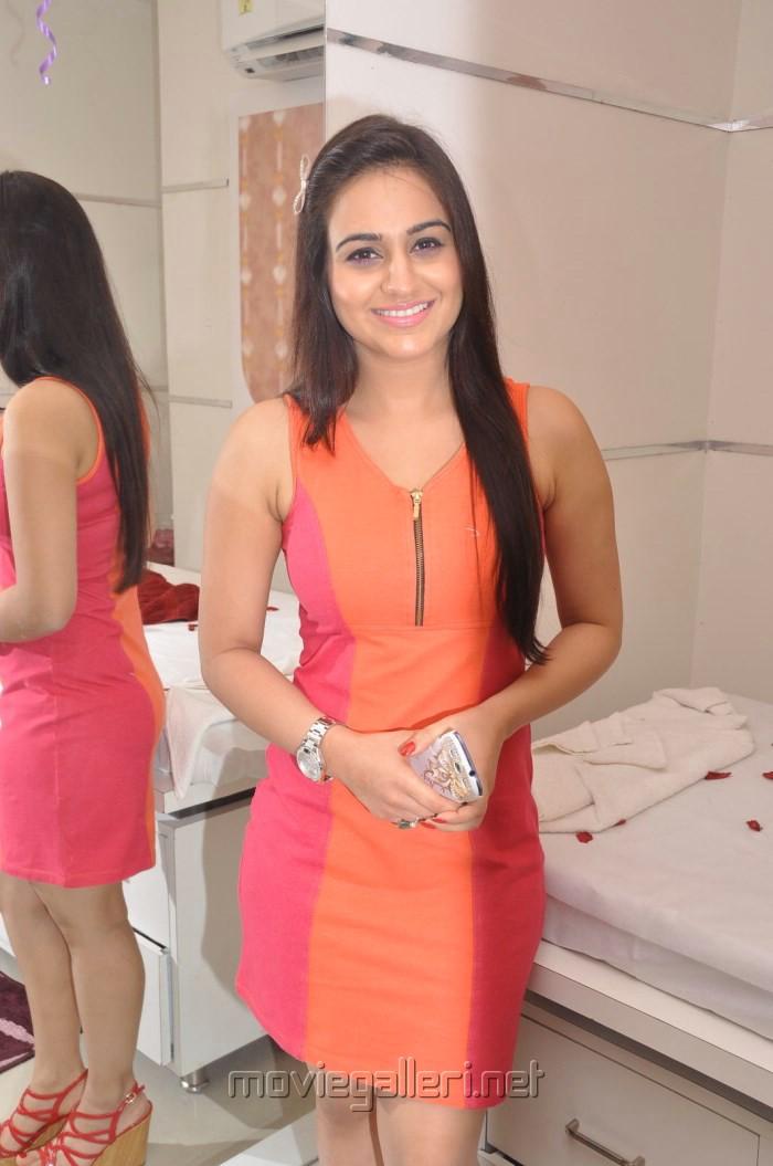 Aksha Pardasany Hot Photos at Naturals Family Salon & Spa