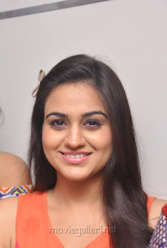 Aksha Pardasany Hot Photos at Naturals Family Salon & Spa, Hyderabad