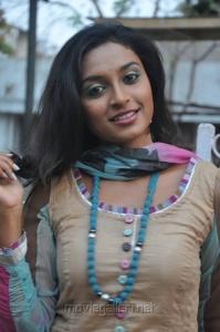 Tamil Actress Akshaya in Churidar Hot Stills