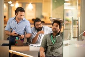 Navdeep, Rahul Ramakrishna, Allu Arjun in Ala Vaikuntapuramlo Movie Stills HD