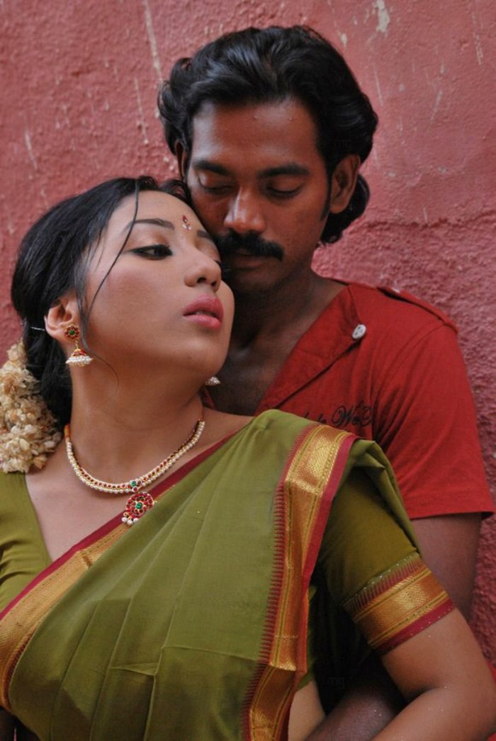 Picture 22432  Alaral Tamil Movie Hot Stills  New Movie Posters-3107
