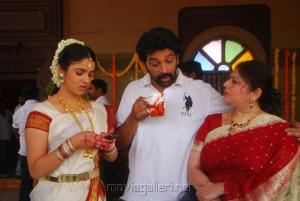 JD Chakravarthy, Lakki Sharma at All The Best Movie Working Stills