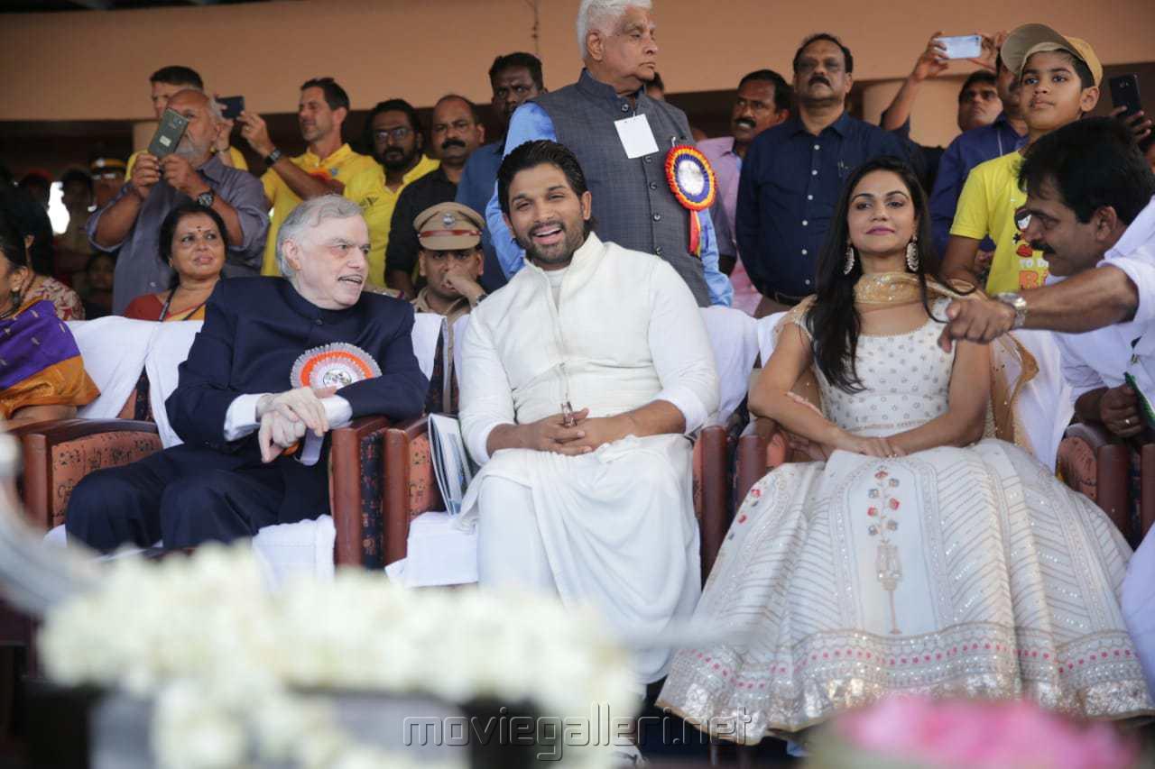 Palanisamy Sathasivam, Allu Arjun, Sneha Reddy @ Kerala Nehru Trophy Boat Race Photos