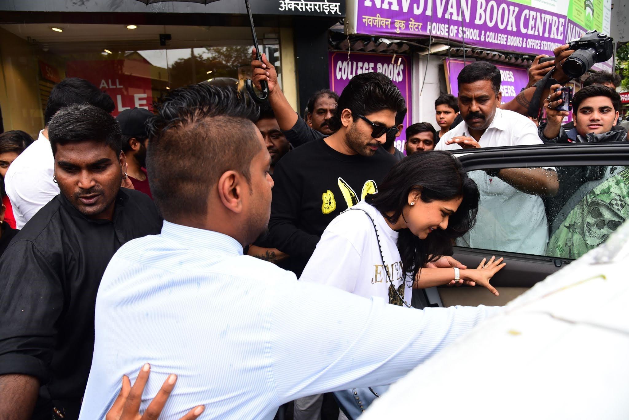 Actor Allu Arjun, Wife Sneha Reddy @ Bastian Bandra Photos