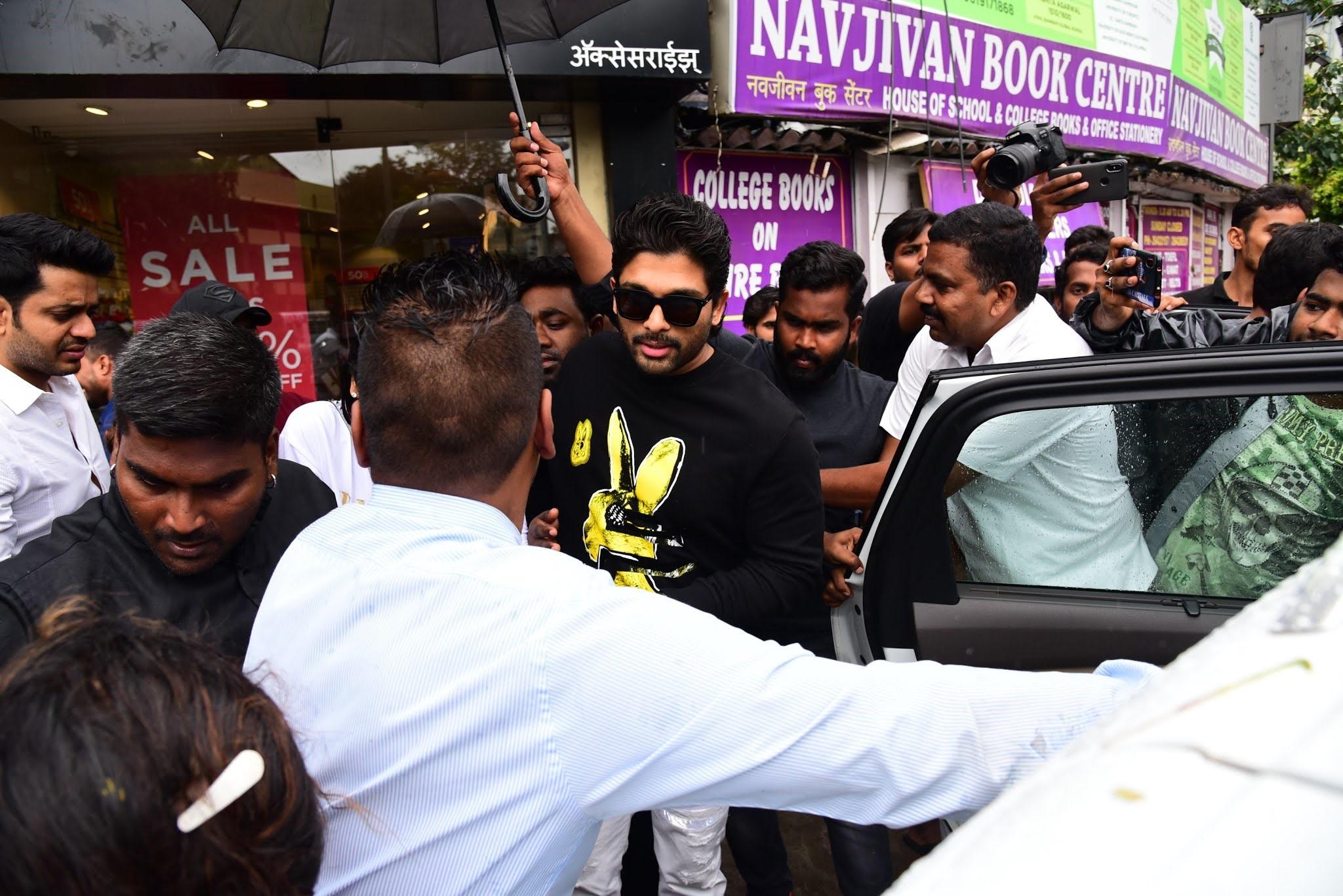 Actor Allu Arjun @ Bastian Bandra Photos